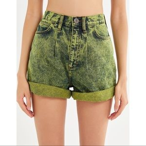 NWT UO High Rise Mom Jean Shorts Acid Wash Green